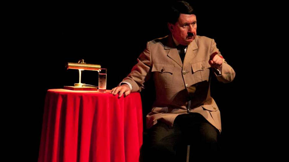 Pip Utton - Adolf (Engelstalig)