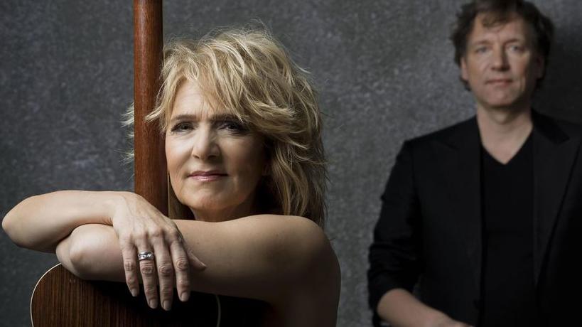 Leoni Jansen & Erik Rutjes met Uitgekleed